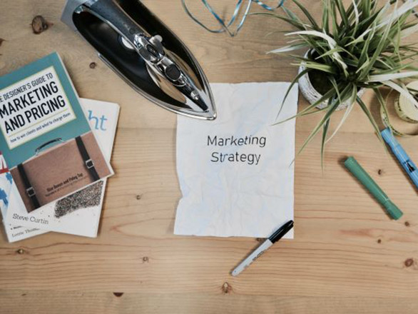 Papers and books about Marketing Strategy